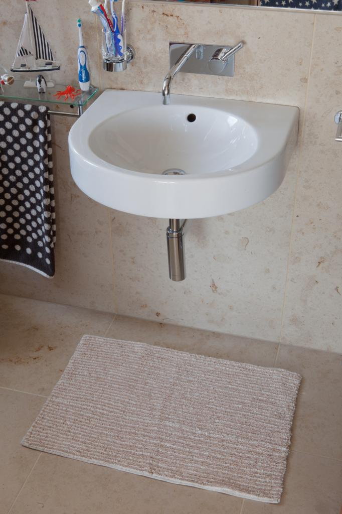 Small thin cotton cream bath mats cheap 50x80cm washable Washable bathroom carpet cut to fit